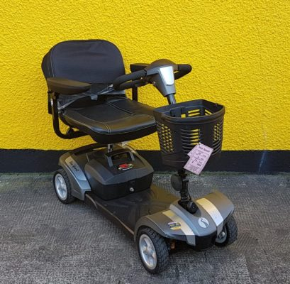 reconditioned Rascal Veo sliver grey class 2 boot mobility scooter front view